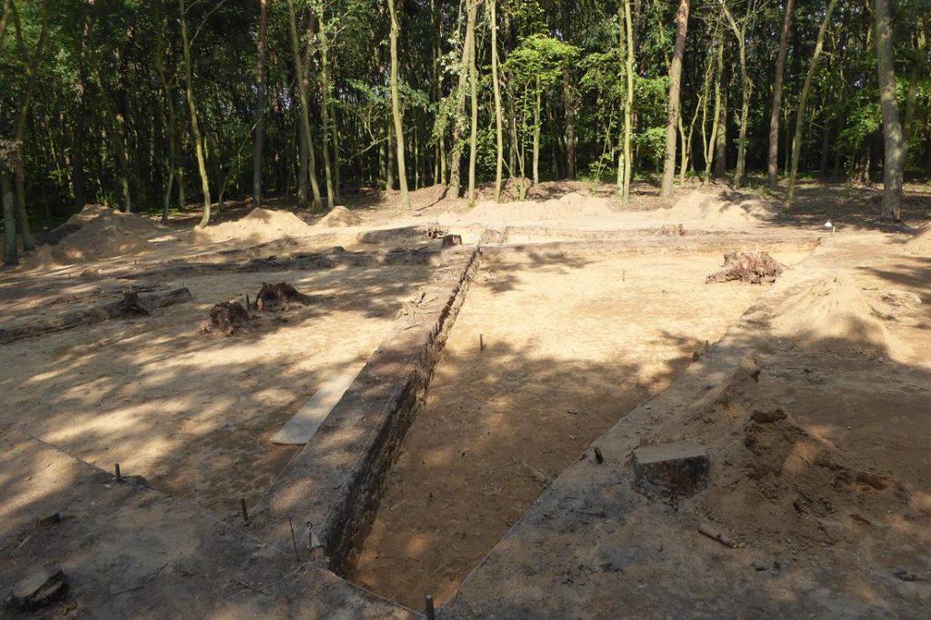 Wietrzychowice - megalityczne grobowce