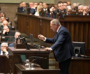Jan Szyszko - Minister Środowiska na mównicy sejmowej